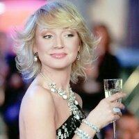 Беременность Кристины Орбакайте идет на пользу ее красоте