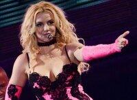 Бритни Спирс устроила бесплатный концерт