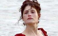 Джемма Артертон продемонстрировала свои прелести