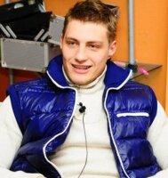 Участника «Дома-2» Александра Задойнова развели лохотронщики