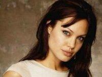 Анджелина Джоли станет мамой в седьмой раз