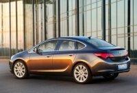 В Санкт-Петербурге займутся выпуском седана Opel Astra