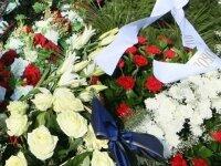 Прогремевший на похоронах полицейского взрыв унес жизни восьми человек