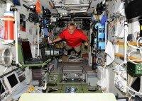 Российские космонавты шесть часов работали в открытом космосе
