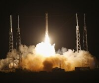 Первый коммерческий космический корабль отправился к МКС