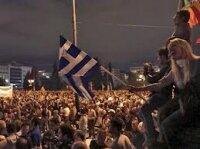 Дракой с полицией закончился многотысячный митинг в Афинах