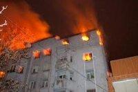 За одну ночь один из домов в центре Киева превратился в пепелище