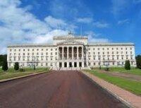 В Северной Ирландии проливают кровь за британский флаг