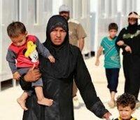 С наступлением зимы сирийским беженцам становится еще труднее