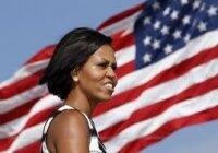 Мишель Обама и морские пехотинцы США собирают подарки для детей