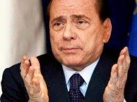Берлускони уступит место Монти или Альфано?