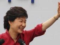 Южнокорейские экзит-полы: победила Пак Кин Хе