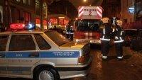 Место, где в Петербурге женщину убило сосулькой - было огорожено