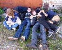 Министерство образования России  позволят школам исключать учащихся за употребление спиртных напитков
