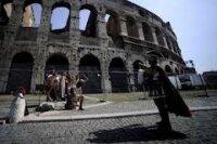 В римском Колизее обнаружили фрески