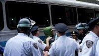 США: протесты против ограничений на огнестрельное оружие