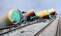 В Приамурье оценивают ущерб от разлива топлива из сошедших с рельс вагонов