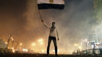 Оппозиция ответила ночными гуляниями на режим ЧП в Египте