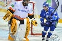 Казахстанский клуб забил в матче КХЛ десять шайб