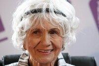 Нобелевскую премию по литературе присудили Элис Мунро