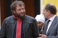Александр Емельяненко пожаловался в полицию на нападение пенсионера