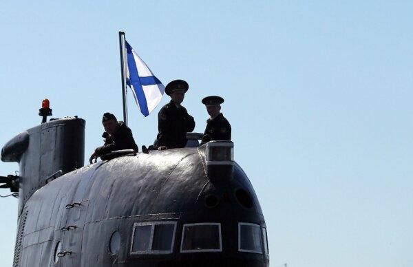 подъем флага на подводной лодке