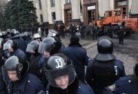Сепаратисты в Луганску готовят оборону против войск МВД