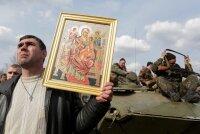 Сельские жители разоружили подразделение Украинского войска