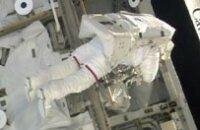 Астронавты обновили компьютеры, снаружи МКС