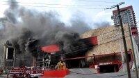 Ополченцы: школа и жилой дом загорелись после обстрела Донецка